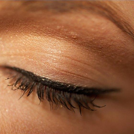 Detect Cholesterol Deposits in Eyelids