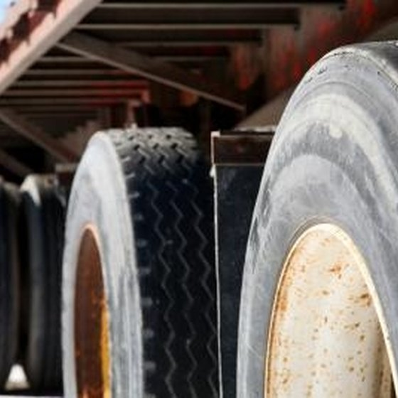 How Does a Trailer Sway Bar Work?