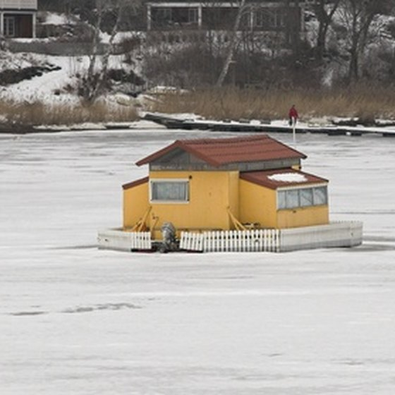 A house barge can be for a weekend getaway, a permanent residence or as a vacation vehicle.
