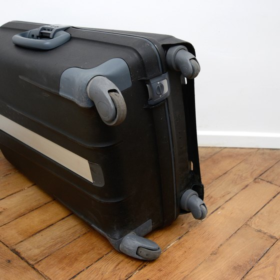 How To Remove Wheels From A Samsonite Suitcase Getaway Usa