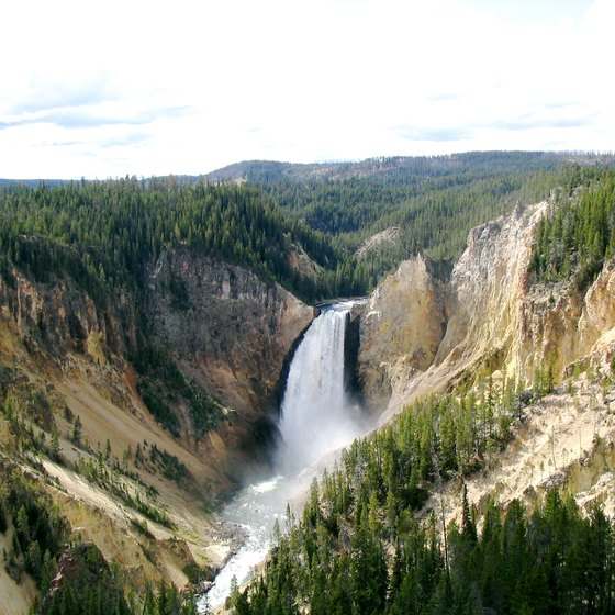 The Best Yellowstone Lodgings