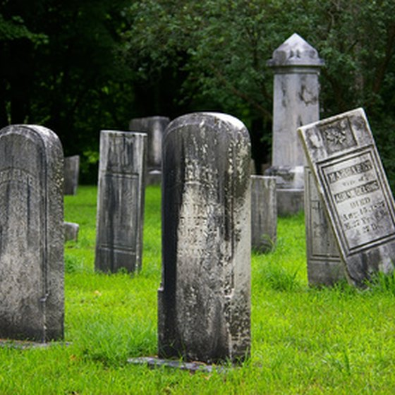 Cemetery tours are offered throughout New England.