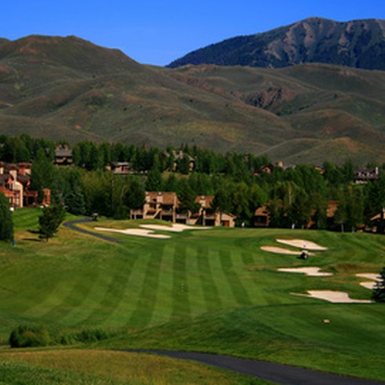 Golf village, with a mountain in the background