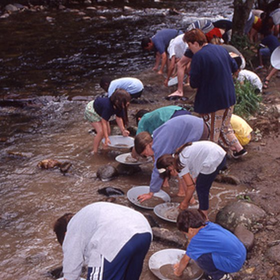 Deadwood offers plenty of outdoor recrreational opportunities, including gold panning.
