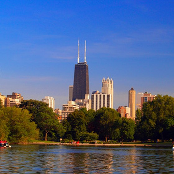 Enjoy the beauty of Chicago with your family.