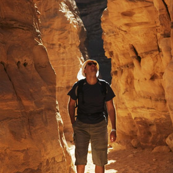 Utah health resorts offer guests the chance to hike in beautiful surroundings.
