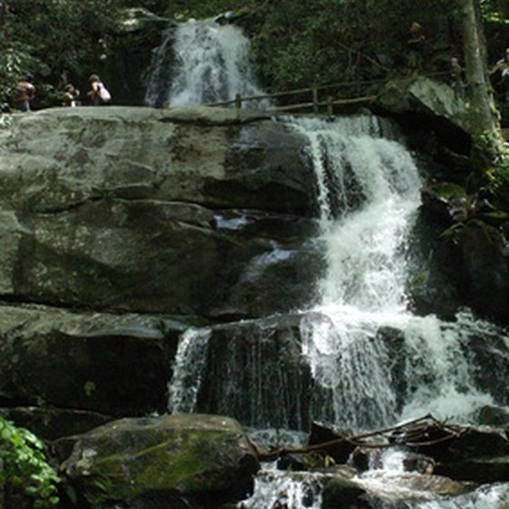 Gatlinburg is the gateway to Smoky Mountains National park, which offers free admission.