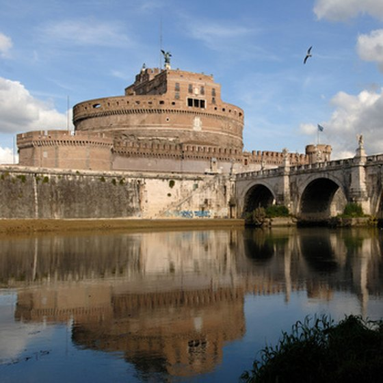 Castel Sant'Angelo is the backdrop for Easter Monday fireworks