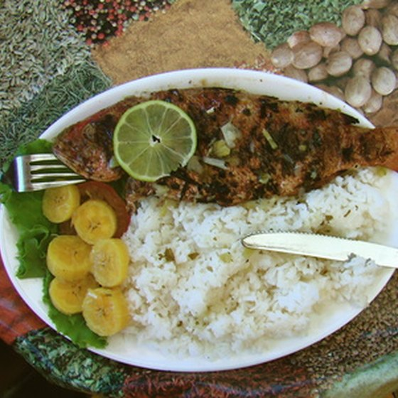 Rice, fish and fried plantain or banana is a common Nicaraguan dish.