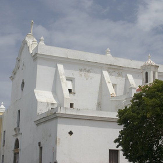 Visitors can explore the historical and cultural centers of Puerto Rico.