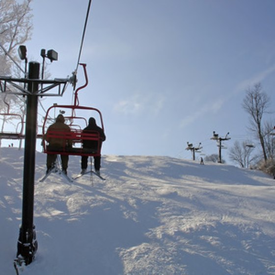 Riudosa visitors can check out the slopes at Ski Apache or other nearby resorts.