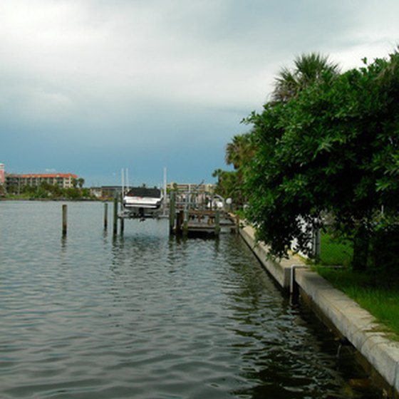 Stay in a waterfront hotel on the Tampa Bay.