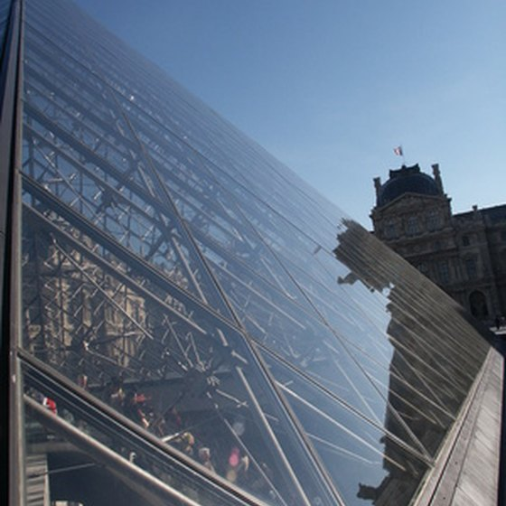 Reflection from the Pyramide du Louvre