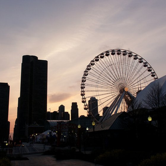 Family-friendly attractions, such as Navy Pier, make Chicago a popular destination.