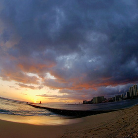 To have Waikiki all to yourself, travel in spring or fall.