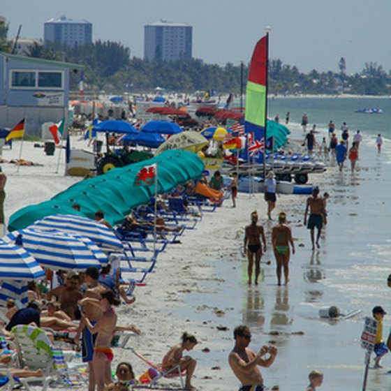 Destin Florida has a population of more than 13,500.