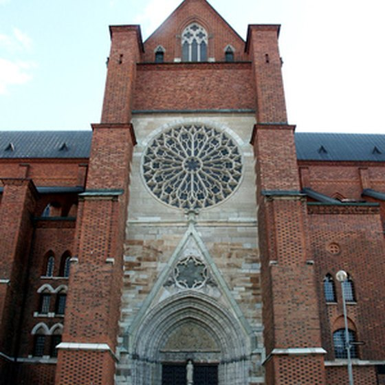 Uppsala Cathedral sees over 500,000 visitors every year.