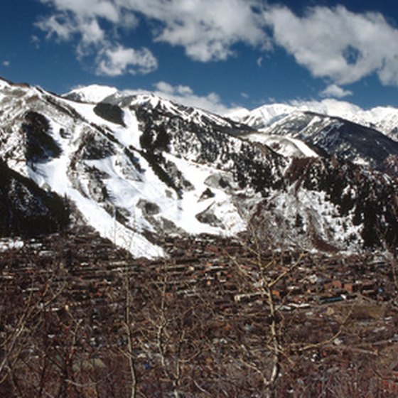 Aspen offers world-class skiing and snowboarding terrain.