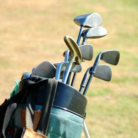 A good travel bag will keep your golf clubs well protected on the road.