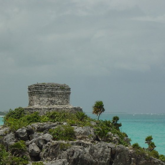 Tulum enjoys panoramic views of the sea.
