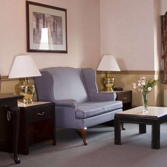 Guests to Altoona looking for suite accommodations have a number of options