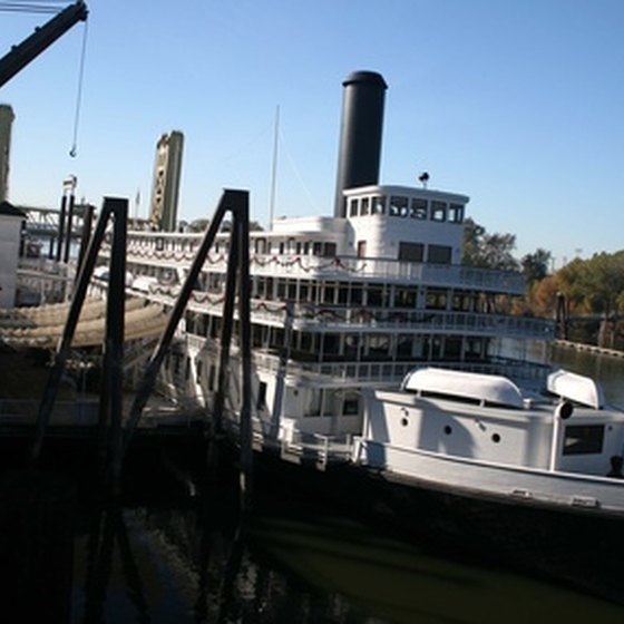 Dine along the riverfront in Sacramento.