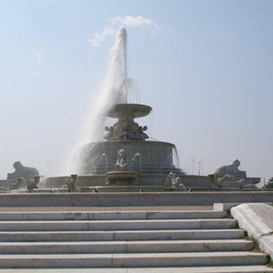 Bike through Belle Isle to see the extravagant Scott Memorial Fountain.