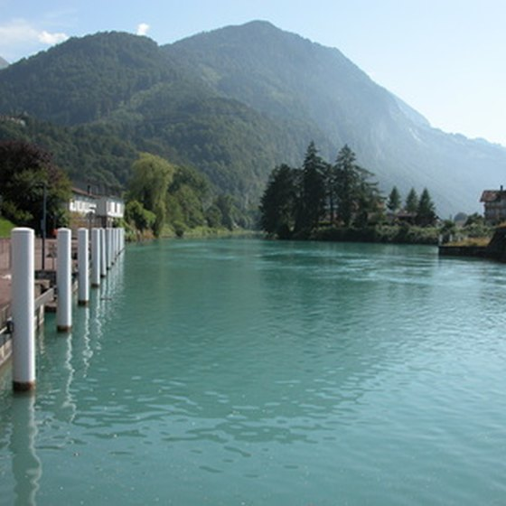 Interlaken blends beautiful scenery with a convenient location near the capital.