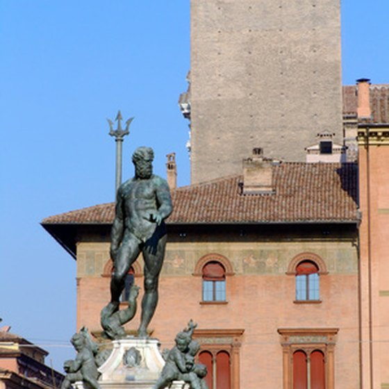 Walking tours of Bologna visit the Neptune Fountain.