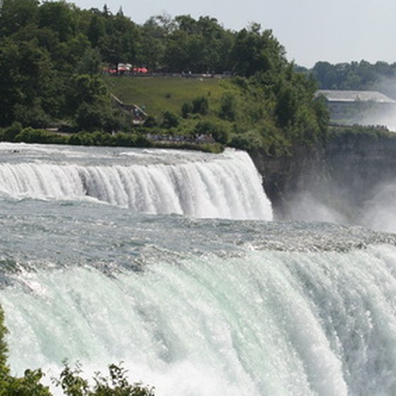 The area around Niagara Falls features many different types of campgrounds.
