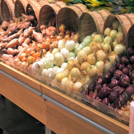Fresh produce is one draw of the Atlanta State Farmer's Market.