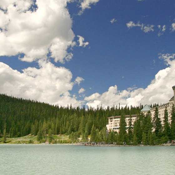 The Fairmont Chateau Lake Louise offers romance, relaxation and out-the-back-door adventure.