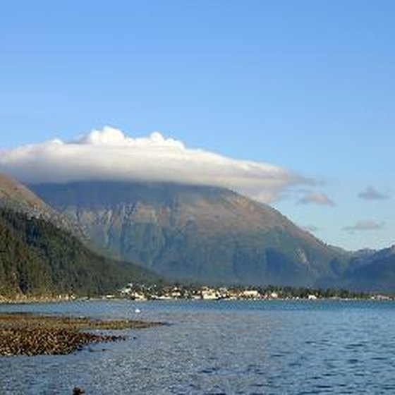 Cruise tours of Kenai Fjords allow visitors to view the diverse landscape of the park.
