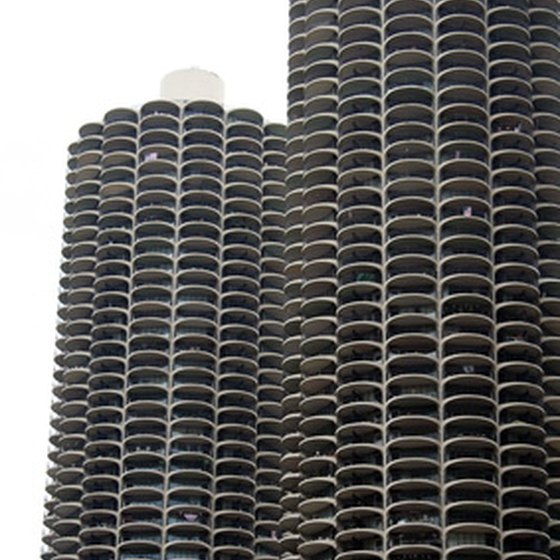 Many Chicago bus tours focus on Chicago's architectural icons.