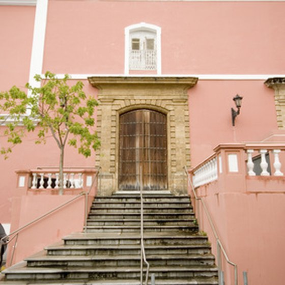 One of Puerto Rico's many airy, pastel-colored buildings.