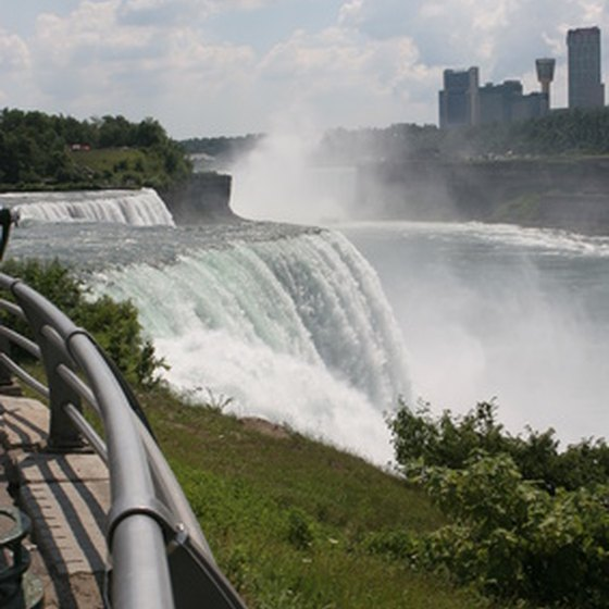 Niagara Falls draws tourists from around the globe.