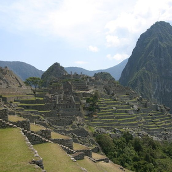 Experience the beauty of Machu Pichu while helping others