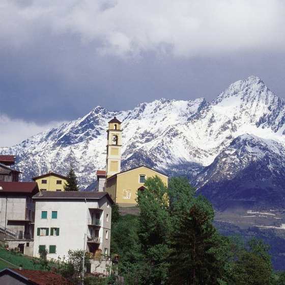 With two snow-capped mountain ranges, northern Italian weather is far from Mediterranean.