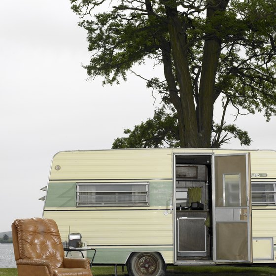 RV camping at Kentucky Lake provides vacation relaxation and outdoor fun.