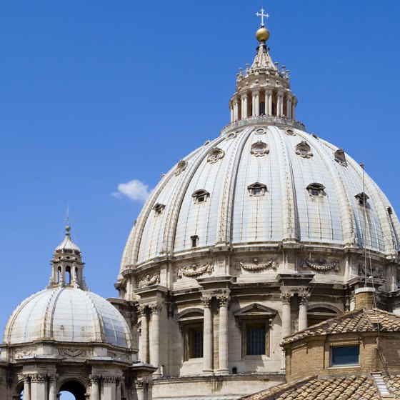 Highly rated tour companies provide in-depth historical tours of such Rome venues as St. Peter's Basilica.