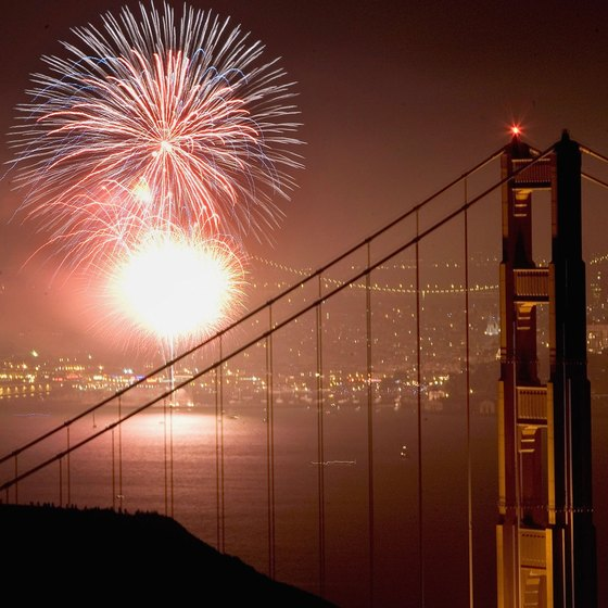 San Francisco brings in the new year with sparkling fireworks.