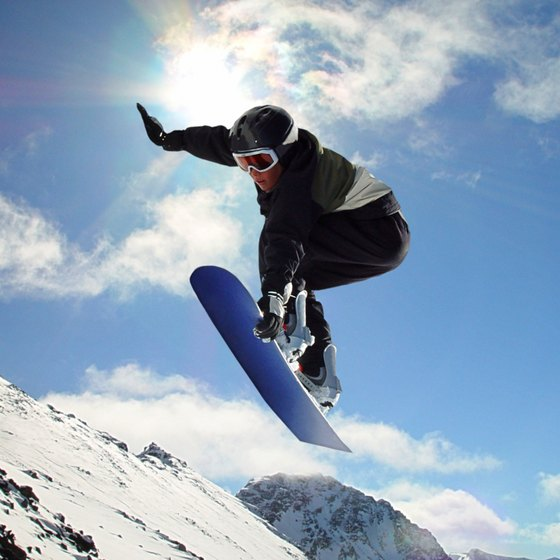 Superior snowboarding destinations can be found near Boston.