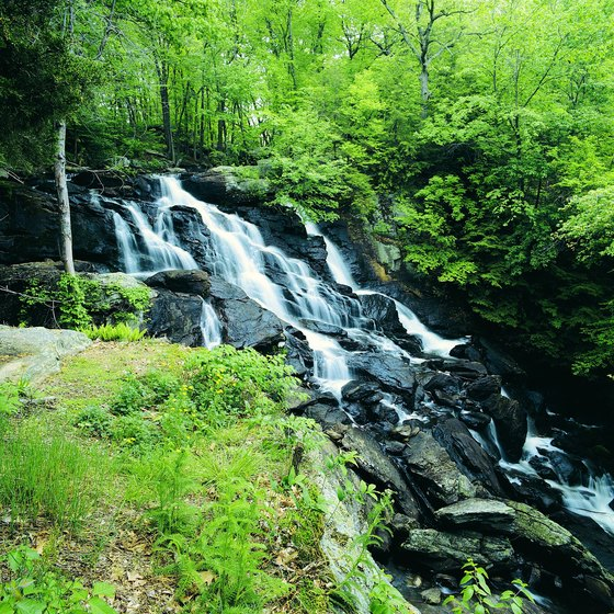 Some Connecticut hiking trails might lead to waterfalls.