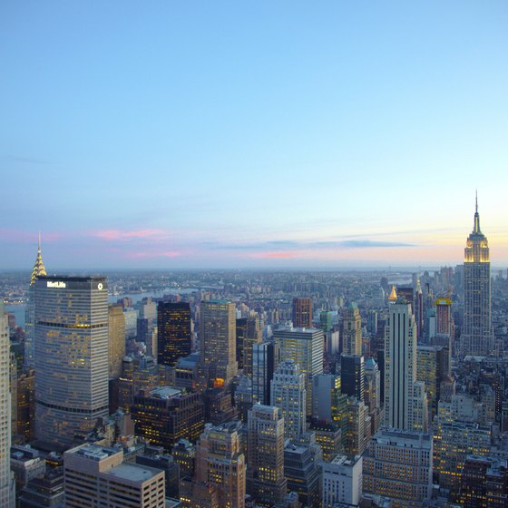 The Empire State Building is one of the many attractions within walking distance of New York hotels.