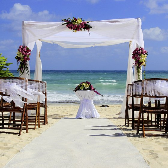Many all-inclusive resorts have wedding venues right on the beach.