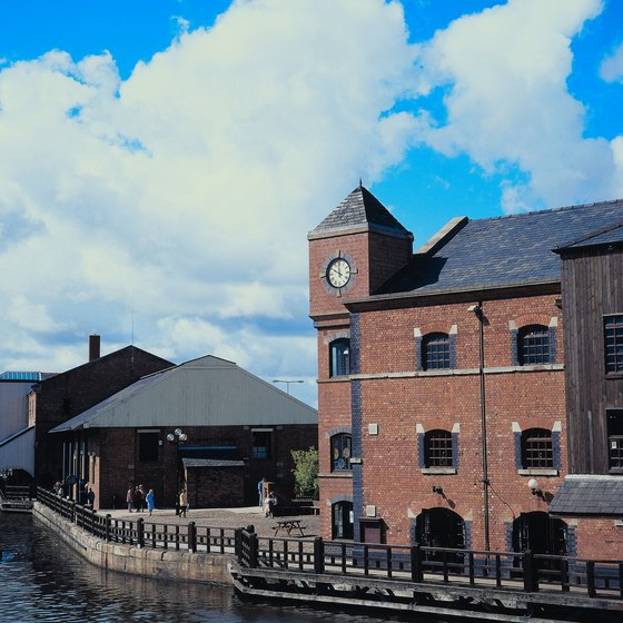 Manchester's industrial past is evident in its historic factory buildings, many of which are converted for residential or cultural use.
