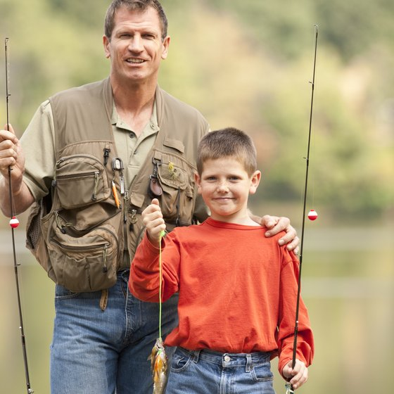 Families can enjoy a day of bluegill fishing on the lakes of Tennessee.