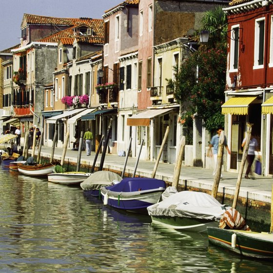 Many tours stop at Murano, an island in the Venetian lagoon.