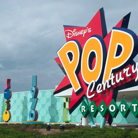 Disney S Pop Century Resort Which Opened In 2003 Pays Tribute To The 1950s Through