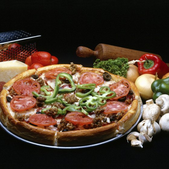 Head out to a Horn Lake restaurant to enjoy Chicago-style, deep-dish pizza.